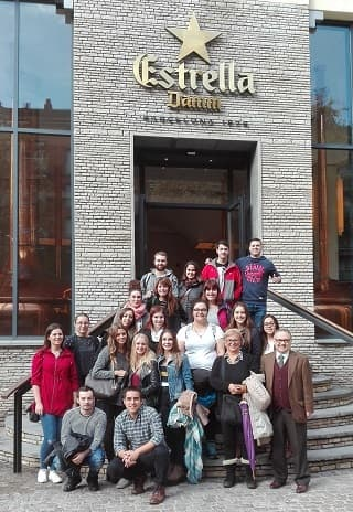 THE STUDENTS OF DEGREE IN TOURISM VISIT THE DAMM BEER FACTORY