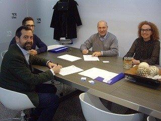 ACORD DE COL.LABORACIÓ ENTRE EU MEDITERRANI I L'ASSOCIACIÓ CLUB MARKETING BARCELONA