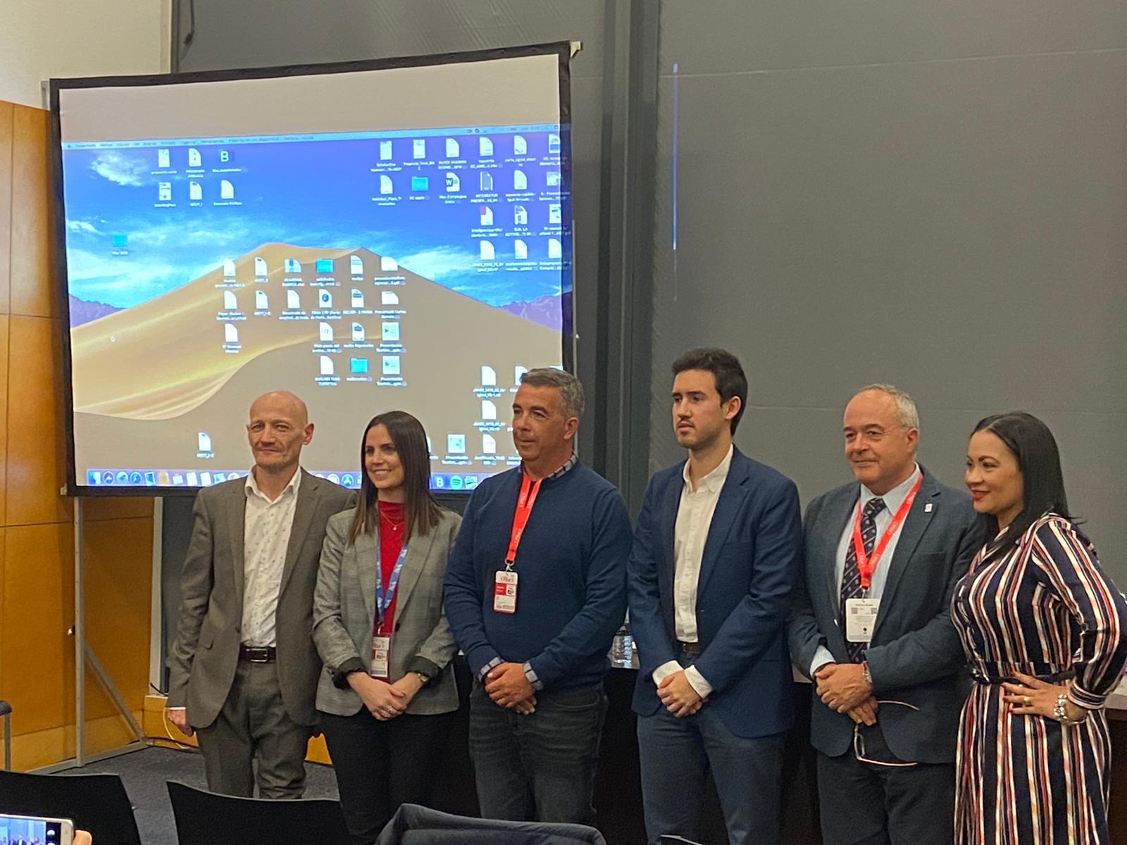 THE TEACHERS OF EU MEDITERRANI J.M. ESPINET AND A. GASSIOT FINALISTS OF THE XXI TRIBUNA FITUR AWARD