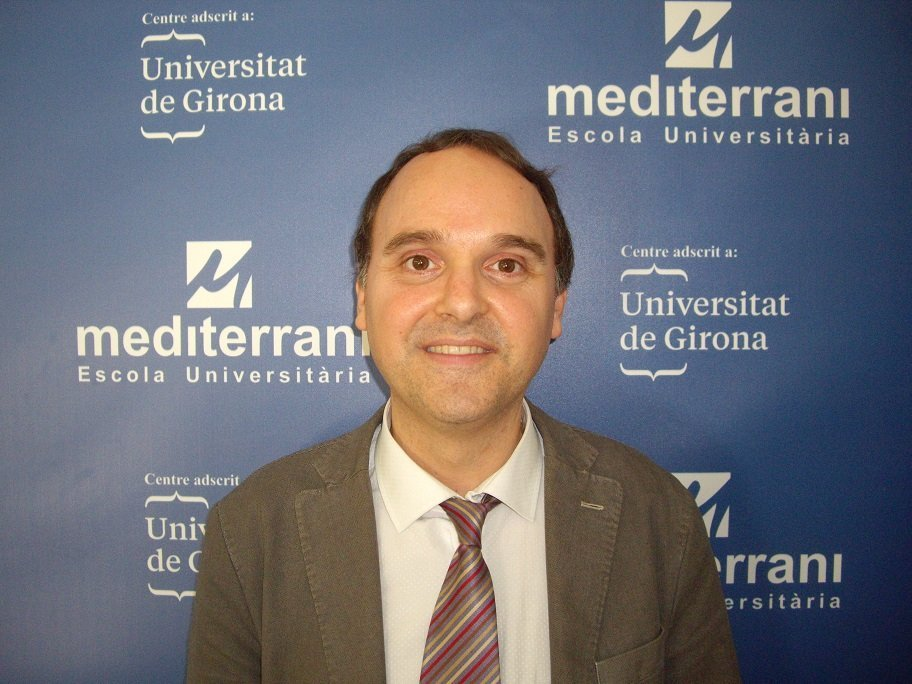 LA VANGUARDIA ENTREVISTA AL DR. FONDEDILA, PROFESOR DE EU MEDITERRANI