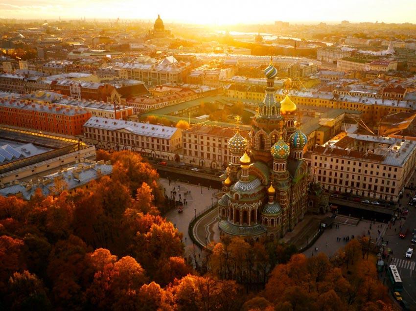 grado-en-turismo-sanpetersburgo